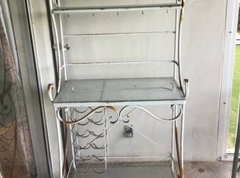 Wine stand (Palm Aire)