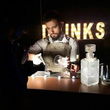 Bartender Server Kitchen Help (Miami Beach)