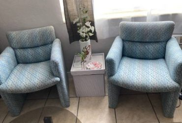 FREE-Two chairs (Miami Beach)