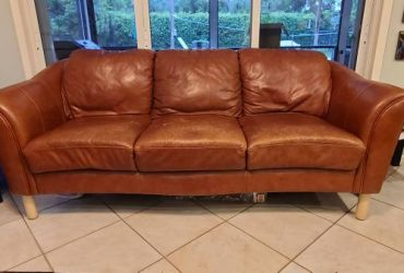 FREE Brown Leather Couch (Boca Raton)
