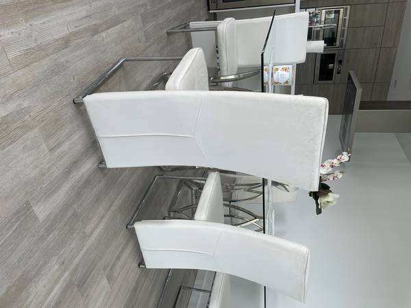 6 White Dining Chairs (South Beach)