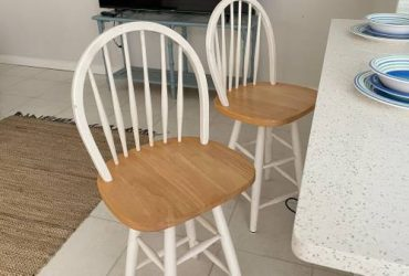 Free and for sale Furniture (Delray Beach)
