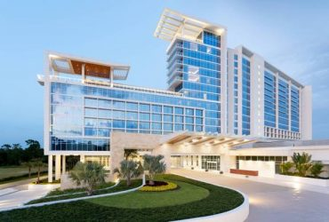 Cook/Housekeepers/F&B at the JW Marriott (Orlando)