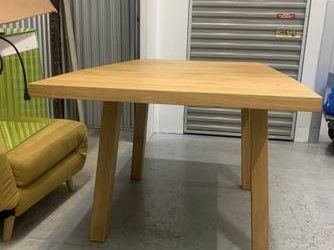FREE TABLE AND CHAIR – STORAGE UNIT PICK UP (WILLIAMSBURG)