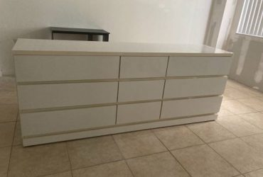 White Dresser – good condition (Ft lauderdale)