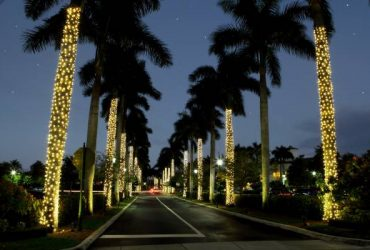 Holiday Lighting Installers Needed (Riviera Beach)